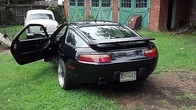 Porsche : 928 1990 porsche 928 gt the beast turns heads ultra rare video