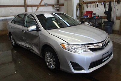 Toyota : Camry SE Limited Edition 2012 se limited edition used 2.5 l i 4 16 v automatic fwd sedan