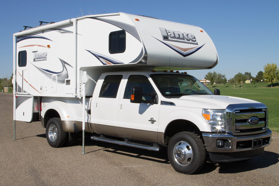 2011 Ford F350 2011 Lance Cabover