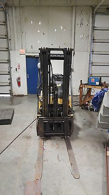 1987 Caterpillar GC15K forklift