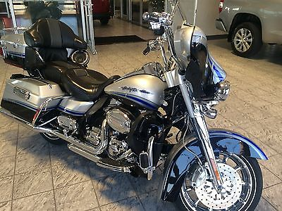 Harley-Davidson : Touring SCREAMIN EAGLE CVO ULTRA CLASSIC EXCELLENT CONDITION MERRY CHRISTMAS!!!