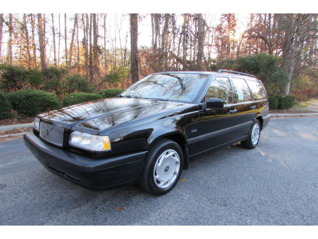 Volvo : 850 Base One owner, low mileage, 5 speed wagon