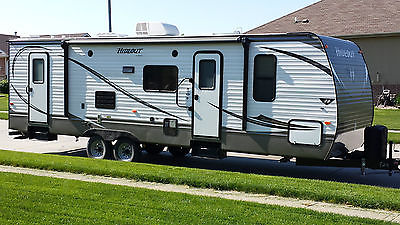 2015 Keystone RV Hideout Luxury Series M-28 BHS with Power Hitch Jack