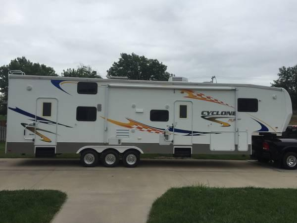 2007 Heartland Cyclone For Sale in Beatrice, Nebraska 68310