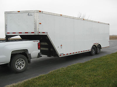 2014 32X8.5 Gooseneck, 5th Wheel, Dove Tail, Warranty Enclosed Trailer, Like New