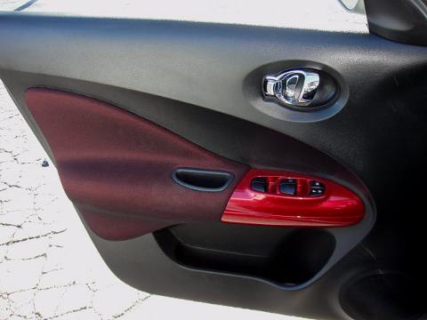 2012 NISSAN JUKE 4 DOOR SUV