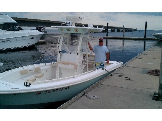 2014 Everglades Boats 223 CC