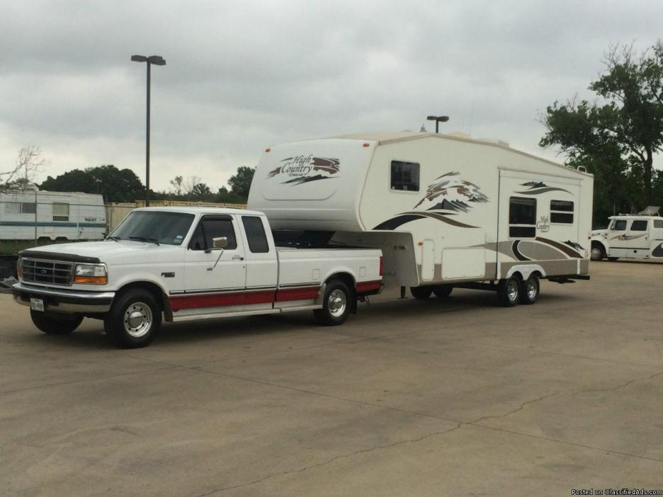 1997 Ford F250 with Fifth wheel Camper