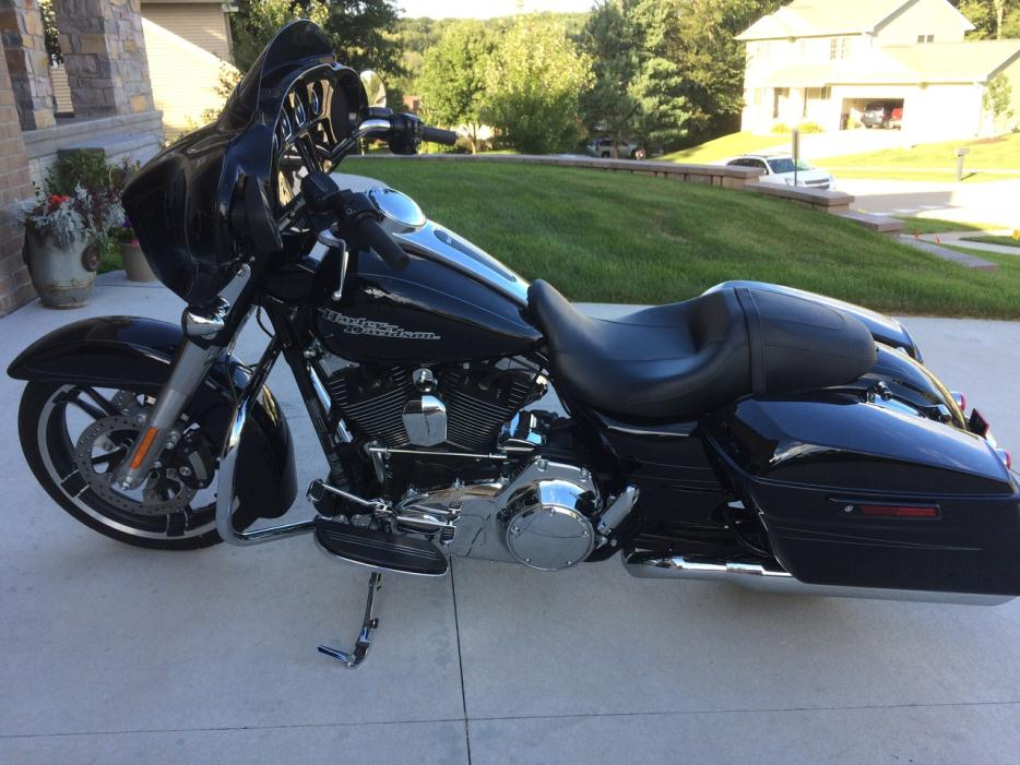 harley davidson street motorcycles for sale in coralville iowa. Black Bedroom Furniture Sets. Home Design Ideas