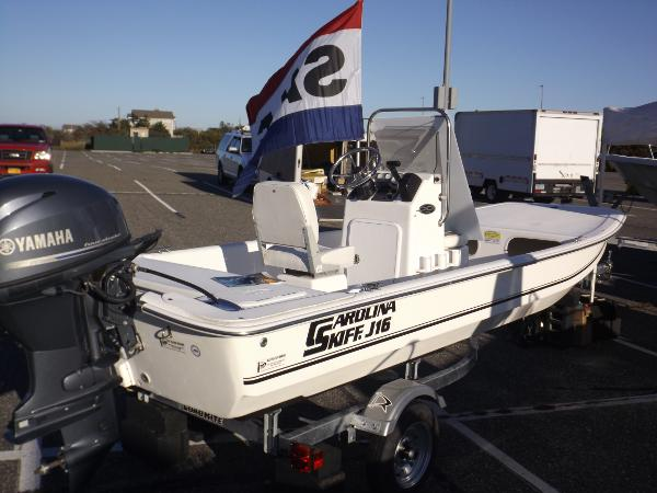 2012 Carolina Skiff J-1650 Center Console