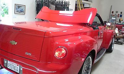 Chevrolet : SSR Beautiful red 2003 SSR