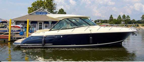 2015  Chris-Craft  Corsair 36 Hard Top