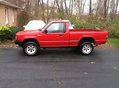 Dodge : Ram 1500 Dodge ram 50 4x4 with fisher plow setup low miles runs great.READ!