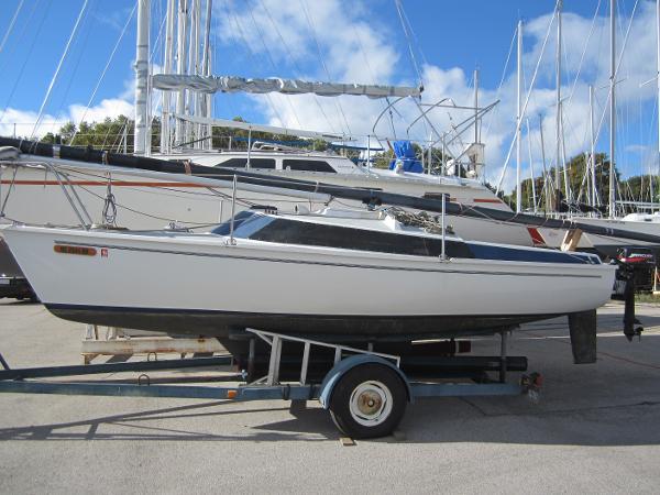 1983 Freedom Yacht 11F04211WK
