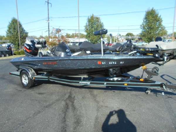 2009 Stratos 285 XL