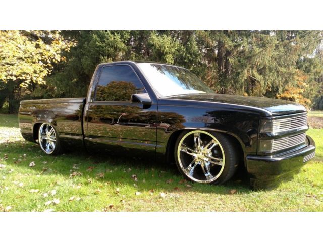 Chevrolet : C/K Pickup 1500 8300 origina miles air ride 20 wheels straight and clean over 30 000 invested