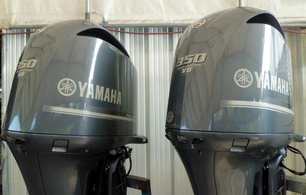 Yamaha F350hp 30 Shaft Efi V8 4 Stroke Outboard Motors Boats