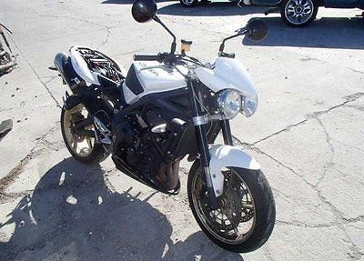 Triumph : Other 2011 used