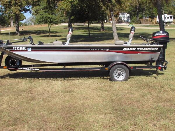 2005 Tracker PAN FISH16