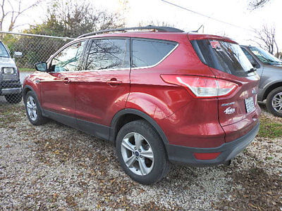 Ford : Escape FWD 4dr SE FWD 4dr SE Ford Escape SE SUV Automatic Gasoline 1.6L 4 Cyl Ruby Red