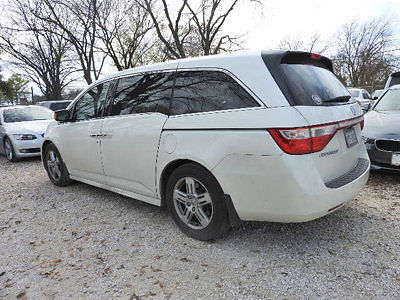 Honda : Odyssey Touring Touring Low Miles 4 dr Van Automatic Gasoline 3.5L V6 Cyl WHITE