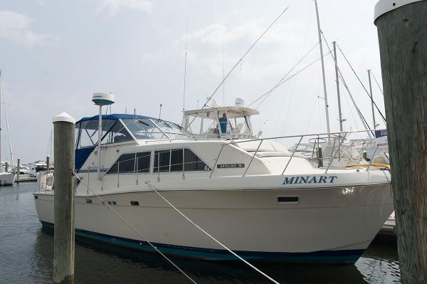 1986 Chris-Craft 381 Double Cabin