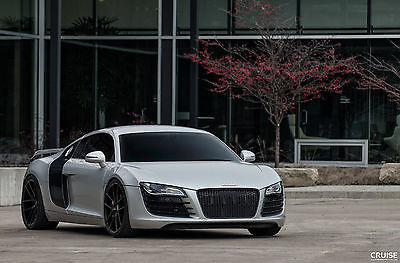 Audi : R8 Audi R8 W/Carbon Fiber Package,Tubi Exhaust, and much more!
