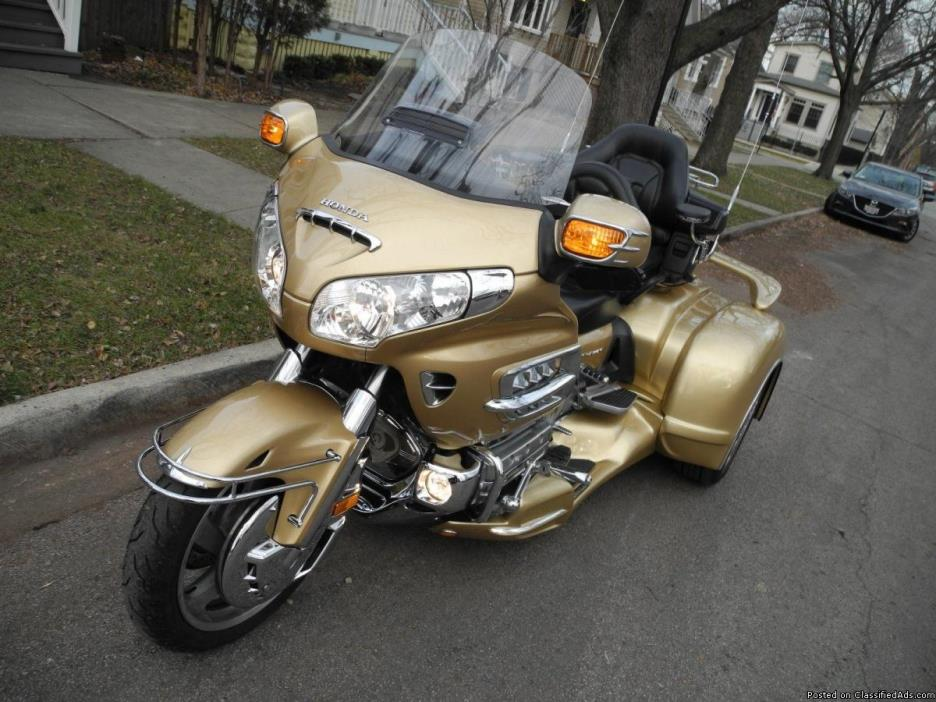 honda goldwing motorcycles for sale in chicago illinois. Black Bedroom Furniture Sets. Home Design Ideas