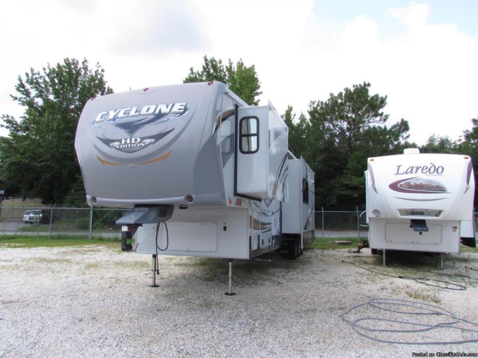 2012 Heartland Cyclone 3800HD 5th Wheel Travel Trailer