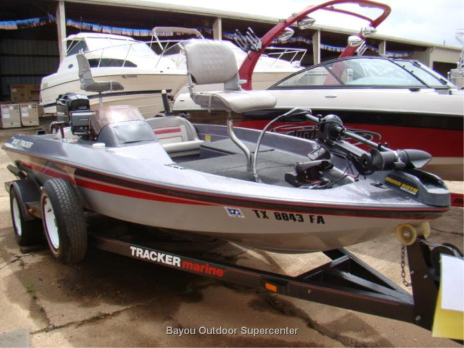 1989 TRACKER MARINE Bass Tracker 1600 TF