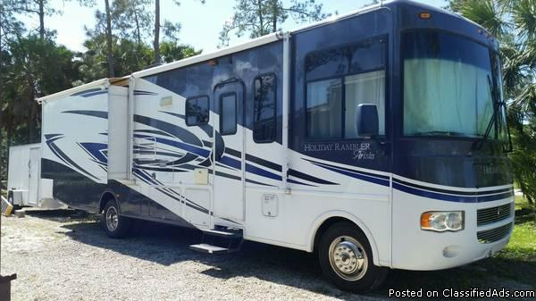 For Sale:  2010 Holiday Rambler Arista