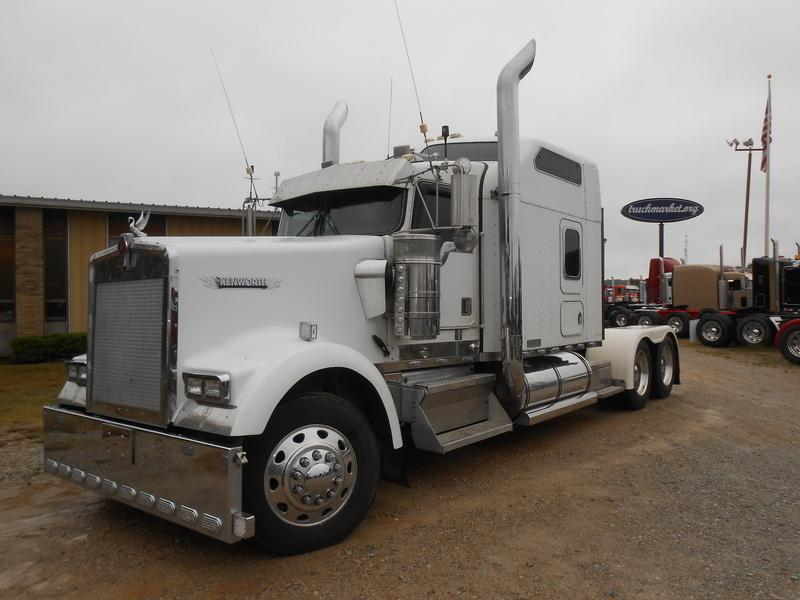 Kenworth W900 86 Studio Cars For Sale