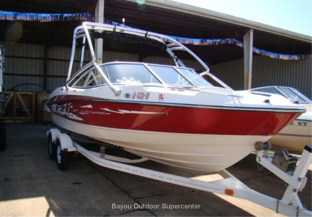 2009 Bayliner 205 Flight w/Mercruiser 4.3L MPI