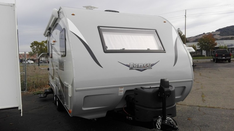 2016 Lance Travel Trailers 1685