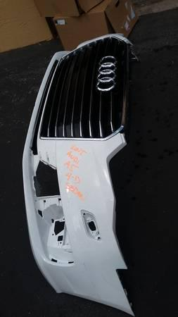 Audi A5 2015 Frontbumper with Grill  (Emblem included)