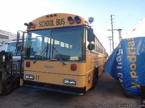 1993 THOMAS BUS 26 SEATS