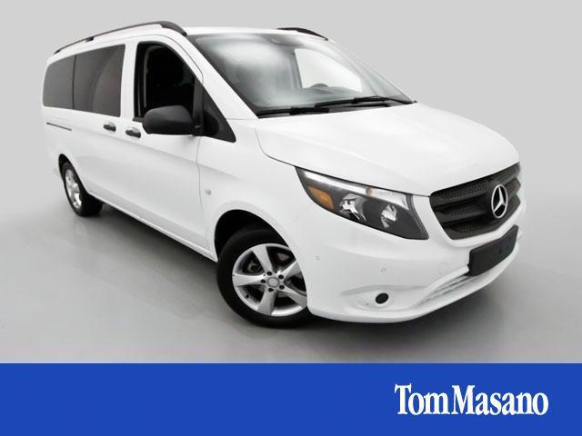 2016 Mercedes-Benz Metris Base Passenger Van