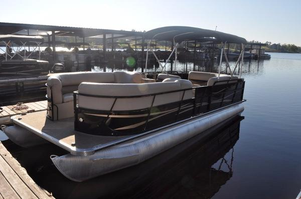 Bentley Encore 240 Cruise Se Boats for sale