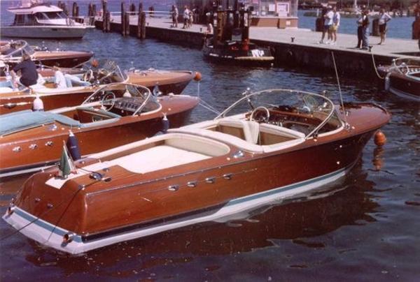 1970 Riva Aquarama # 379
