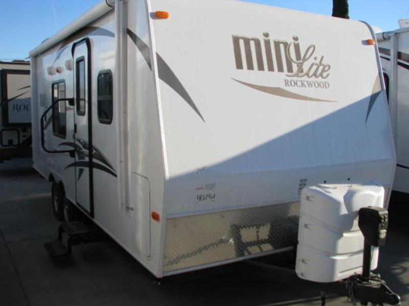 2015 Rockwood 2306 Mini lite