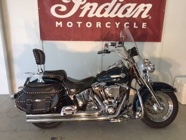 2002  Harley-Davidson  FLSTC/FLSTCI Heritage Softail Classic
