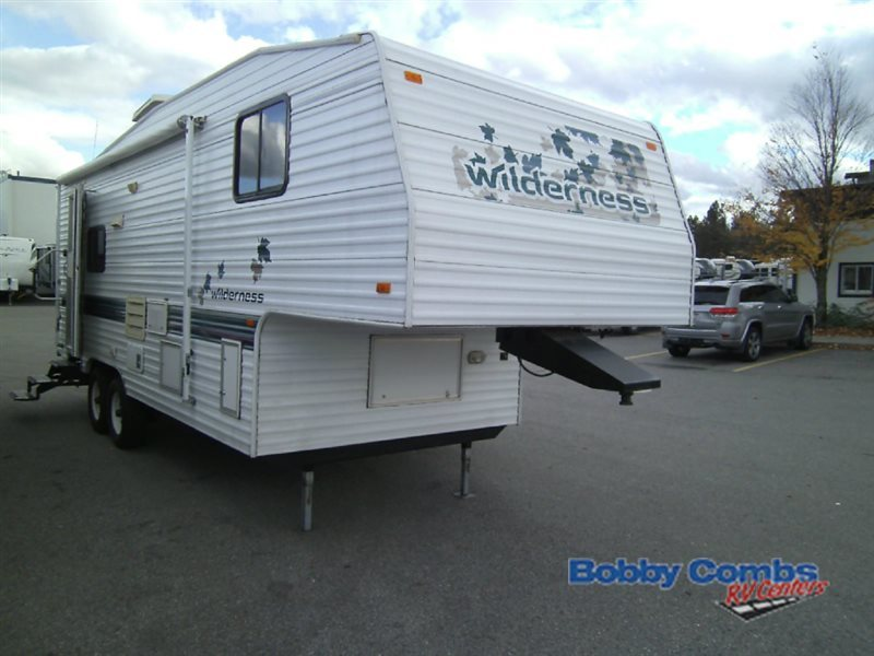 1997 Fleetwood Rv Wilderness 25.5L