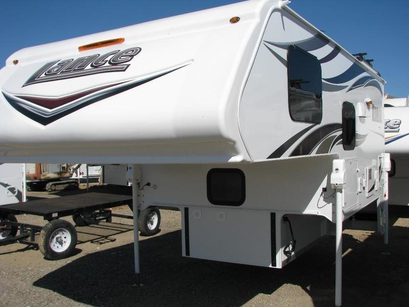 2016 Lance Truck Campers 850