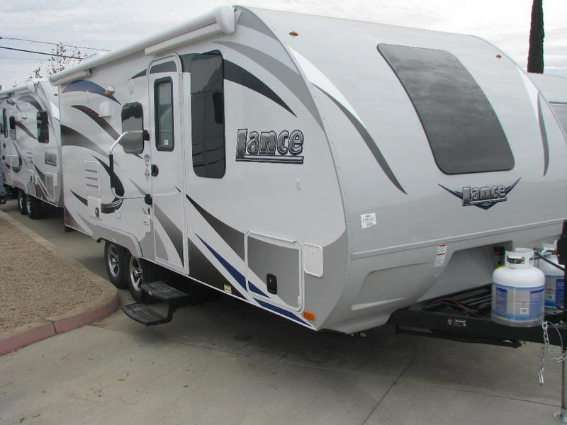 2016 Lance Travel Trailers 1985