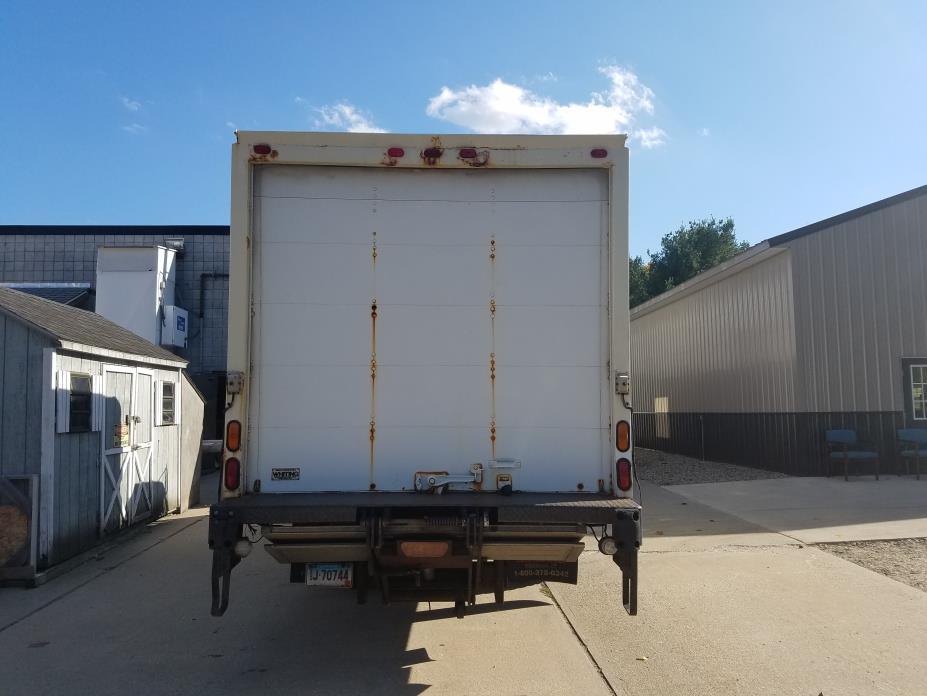 1998 Isuzu Frr  Box Truck - Straight Truck