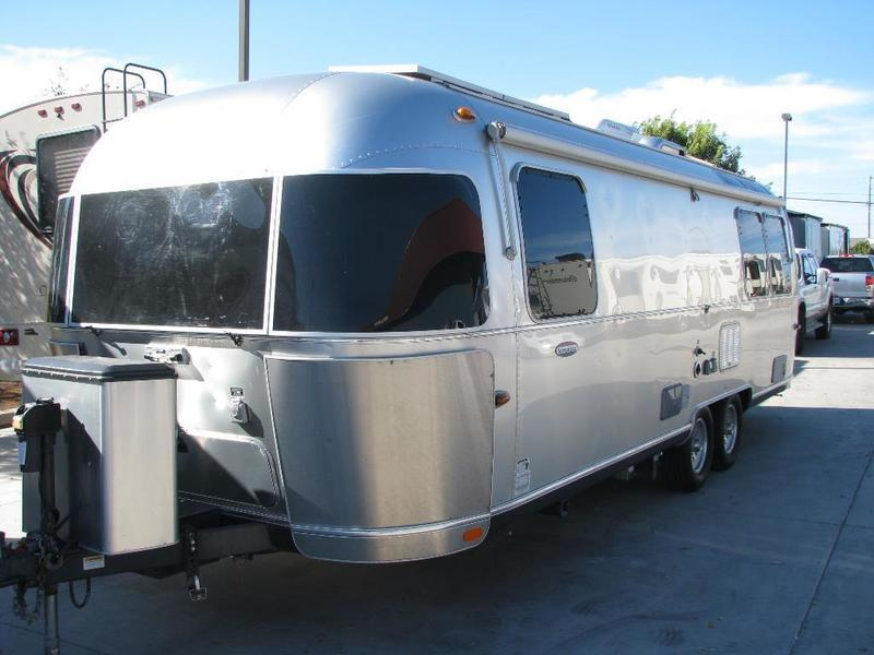 2012 Airstream International Serenity 27FB