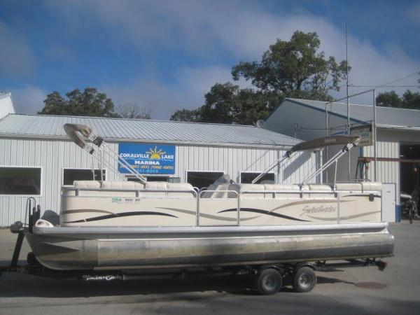 2004 Sweetwater 2423 SC