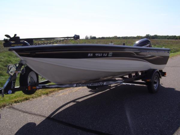 2005 Crestliner 1650 Fish Hawk