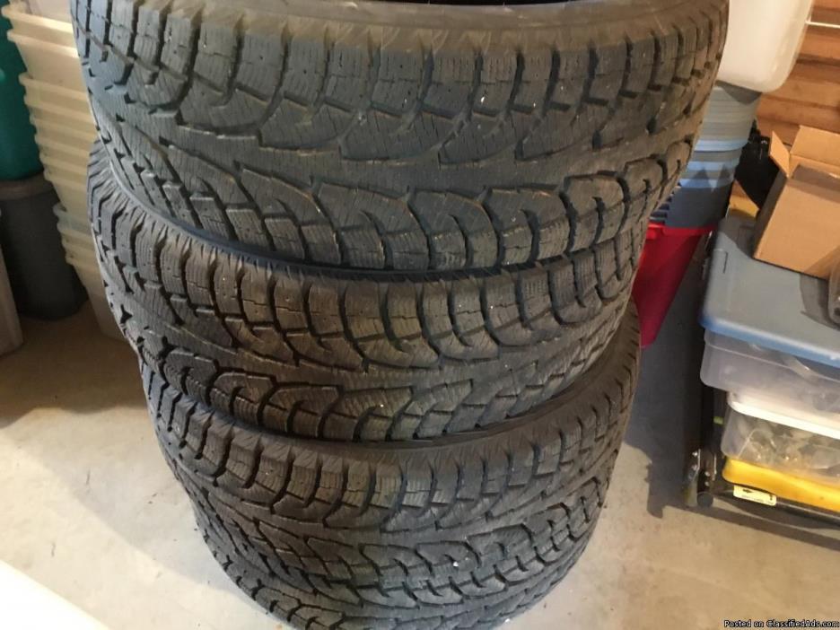 4 Snow tires 255/60/R19