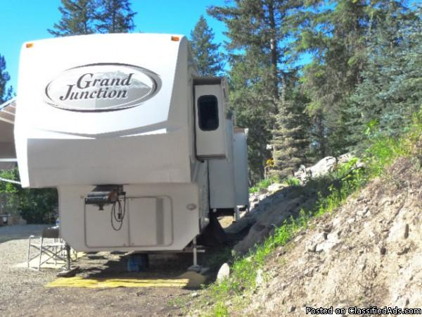 2007 Dutchmen Grand Junction 35Ft Fifthwheel For Sale